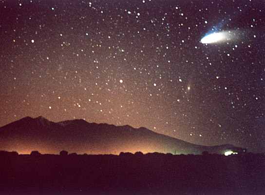 Comet Hale Bopp above the Arizona mountains (Photo courtesy of NASA)