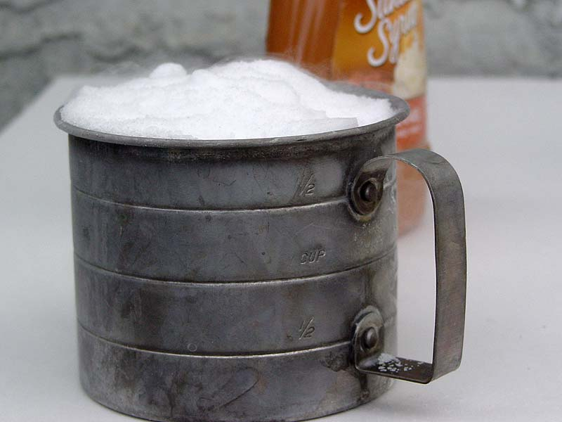 2 Cups of Ice-Cold CO2