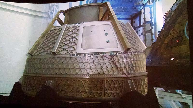 CST-100 Shows Off Innovative Structure
